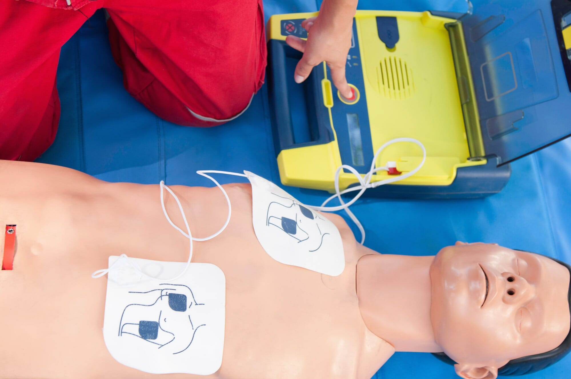 different types of pacemakers and implantable defibrillators